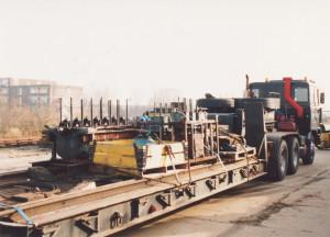 NS 162 de motor verhuisd naar de AVR in Engeland