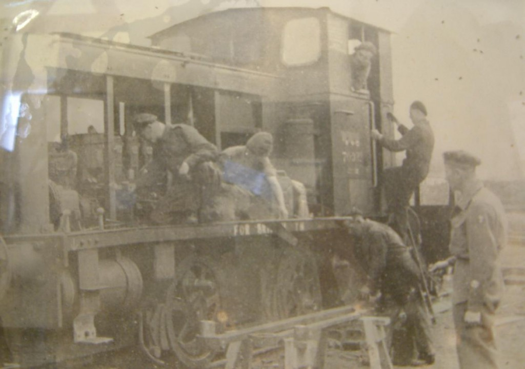 WD 7003x onderhoud Bicester Military Railway