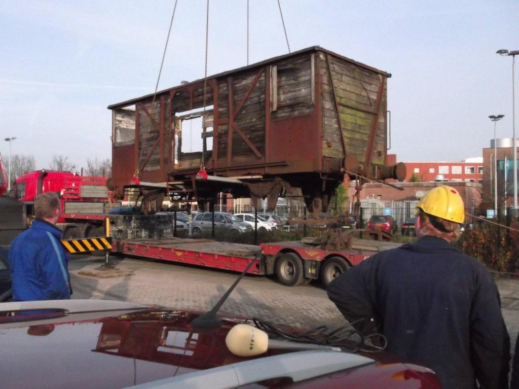 Afladen UASTC goederenwagen in Hoorn